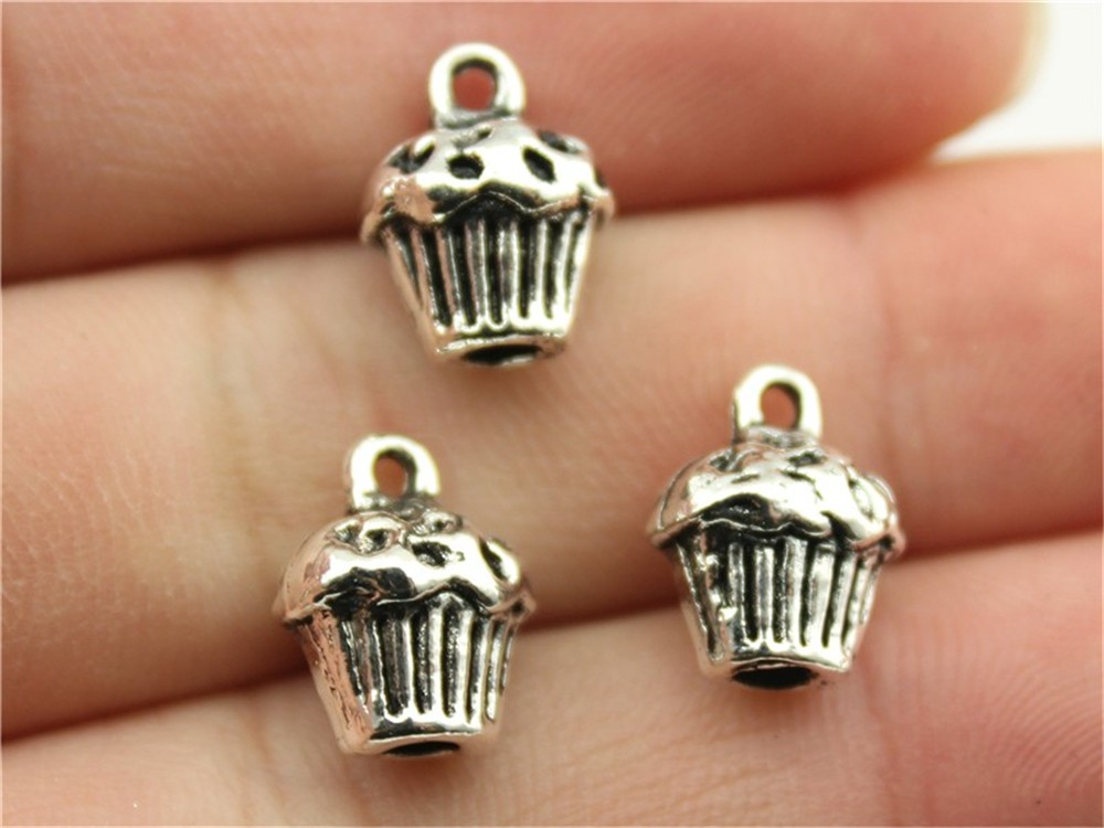 WYSIWYG 6pcs 13*10*8mm 2 Colors Antique Silver, Antique Bronze 3D Cupcake Charms, Cute 3D Cake Charms