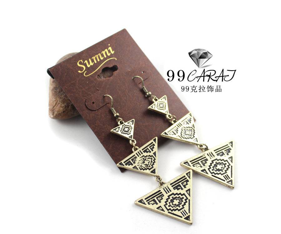 99CARATS Designer Fashion Jewelery New Coming Alloy Triangle Earrings for Women