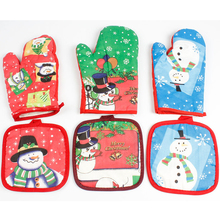 1 pair Santa Claus food grade Heat Resistant Silicone Kitchen barbecue oven glove Cooking BBQ Grill Glove Oven Mitt Baking glove peppermint snowman holiday oven mitt