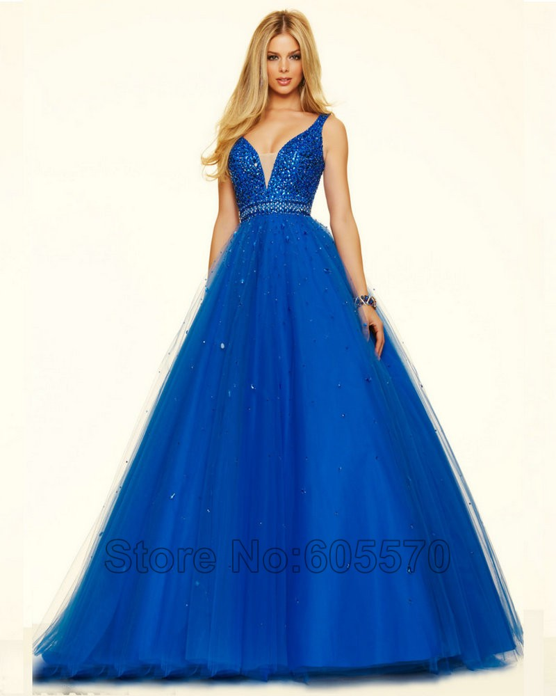 Style 98127 Royal Blue Prom Dresses V neck A line Sleeveless Red Tulle  Champagne Color Prom Dress 2016 vestidos de fiesta-in Prom Dresses from  Weddings ... e2b2e54857bb