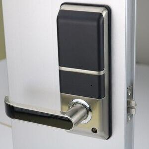 Image 4 - อิเล็กทรอนิกส์ลายนิ้วมือประตูล็อคดิจิตอลสมาร์ทประตูปลดล็อคโดยลายนิ้วมือ,รหัส,การ์ด, และกุญแจ 2 ใบ