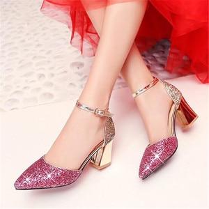 Image 3 - 새 여자 가죽 신발 공주 높은 굽 모델 catwalk 신발 어린이 키즈 웨딩 드레스 신발 아기 학생 019