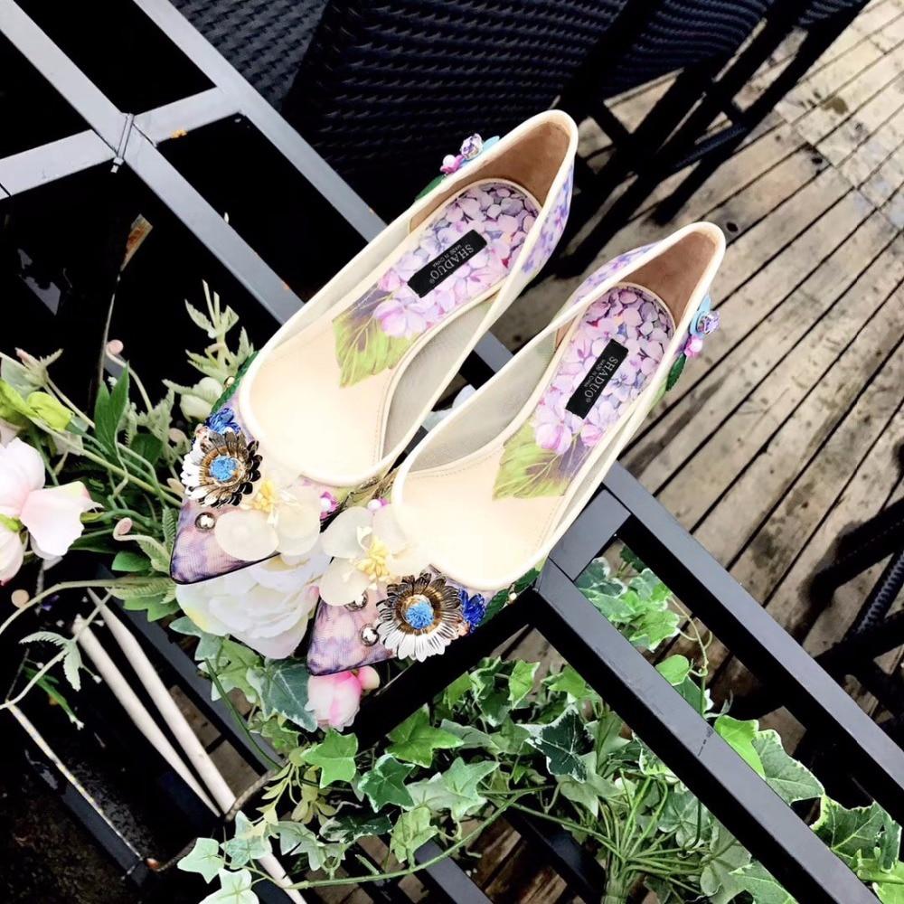 все цены на New arrival women 2018 flower rhinestone pointed-toe high heels party wedding shoes, women top quality high heels shoes