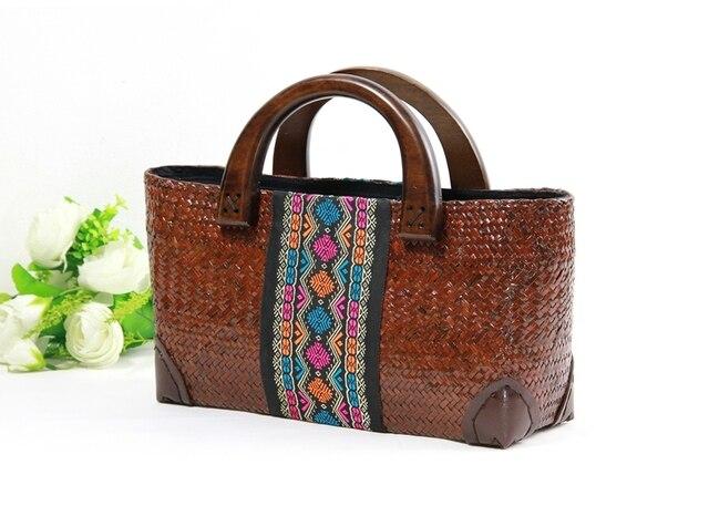 The New Thai Version Of Seaweed Handmade Handbags Fashion Wooden Handle Handbag Retro Travel