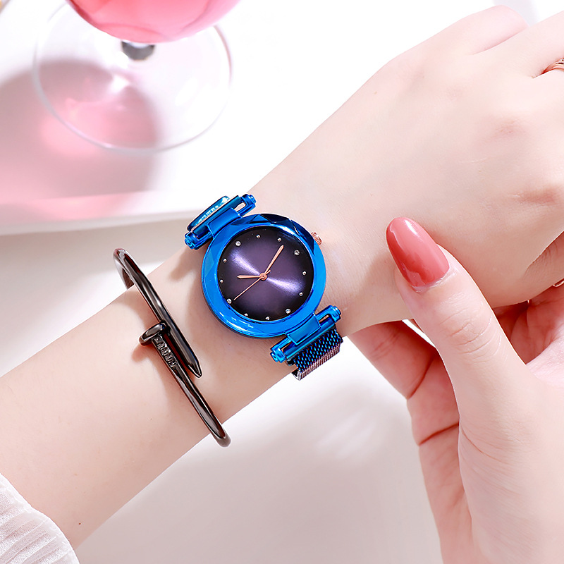 Kids Luxury Famous Magnet Strap Bracelet Wrist Watch Children Watches Fashion Analog Clock Teen Gift For Girls Hodinky Reloges