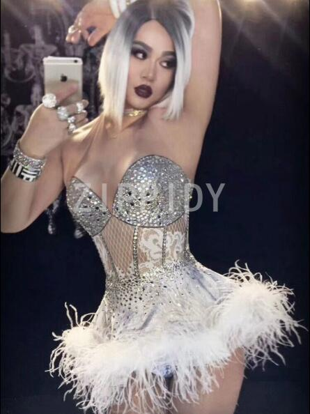 2018 Birthday Celebrate Dress Glisten Rhinestones White Feather Dress Nightclub Party Singer Costume Dance Show 2