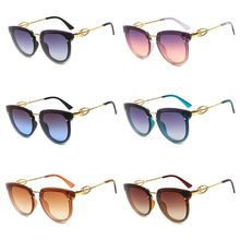 New Fashion Women Sunglasses Large Framed Imitation Diamonds Lady Sun Glasses Trend Style Eyeglasses