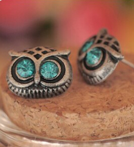 e07 Fashion Hot Selling New Style Retro Cute Lovely Big Eye Owl Earrings