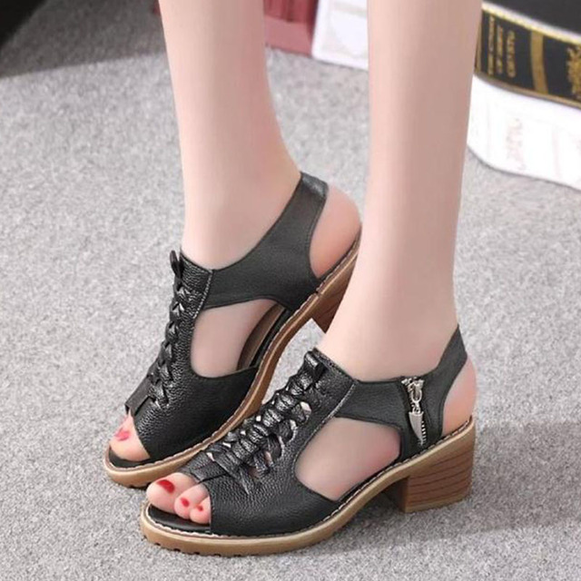 d4a52b0daba03 US $15.87 36% OFF|2018 New Fashion Women's Sandals Summer Vintage Elegant  Mid Square Heel Style Peep Toe Cross Tied Side Zip Design Shoes Woman -in  ...