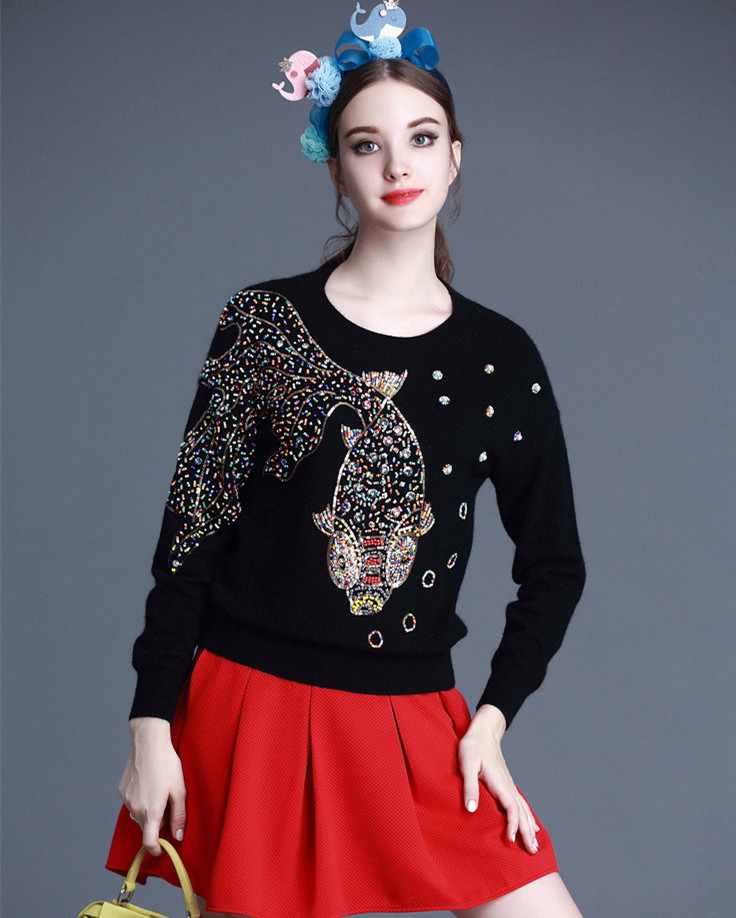Europe style hand pinned diamond sequins goldfish pattern women pullover elegant round neck long sleeved sweater