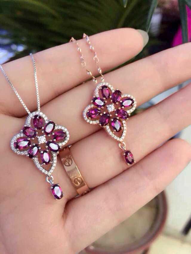 Natural red garnet pendant S925 silver Natural Gemstone Pendant Necklace trendy elegant Fringed Clover women party fine jewelry