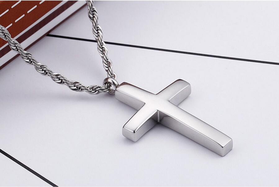 Version of the Christian titanium steel smooth cross necklace men jewelry pendant