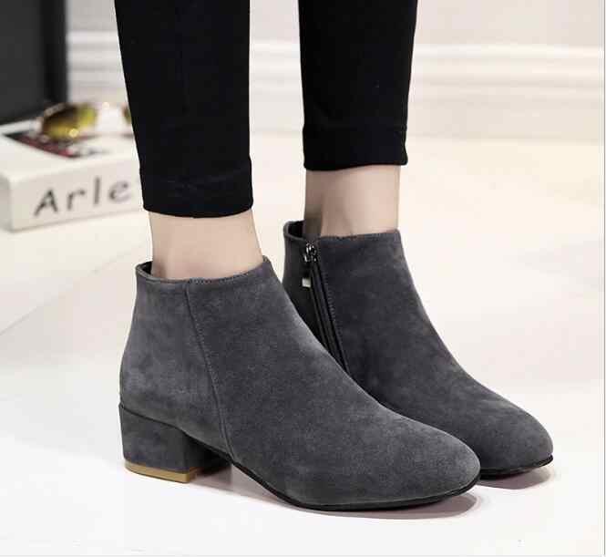 Yeni Kadın yarım çizmeler Artı Boyutu Platformu Tıknaz Topuk Ayakkabı Kadın Fermuar Kayış Ahşap Düşük Topuklu Rahat Bayan Kısa Botas