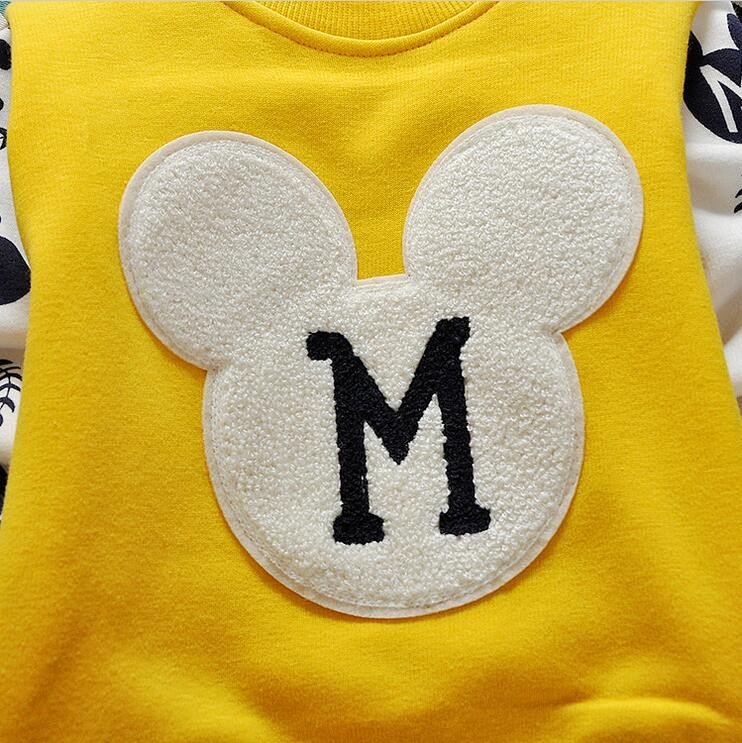 The new cartoon pattern fashion 0-2 year-old male and female baby long-sleeved clothes + free gifts 8
