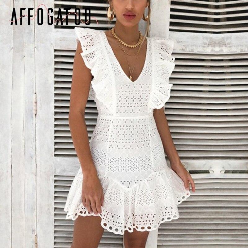 Affogatoo Элегантный v шеи рюшами хлопок Белое Женское платье вышивка летняя с высокой талией платье Винтаж повседневные короткие вечернее платье