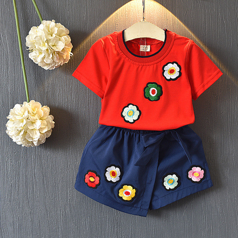Bear Leader Girls Clothing Sets2018 Summer New Girls Fashion Set Eight Flowers Child Set Print Tops + Shorts Two-piec For 3-7 Y