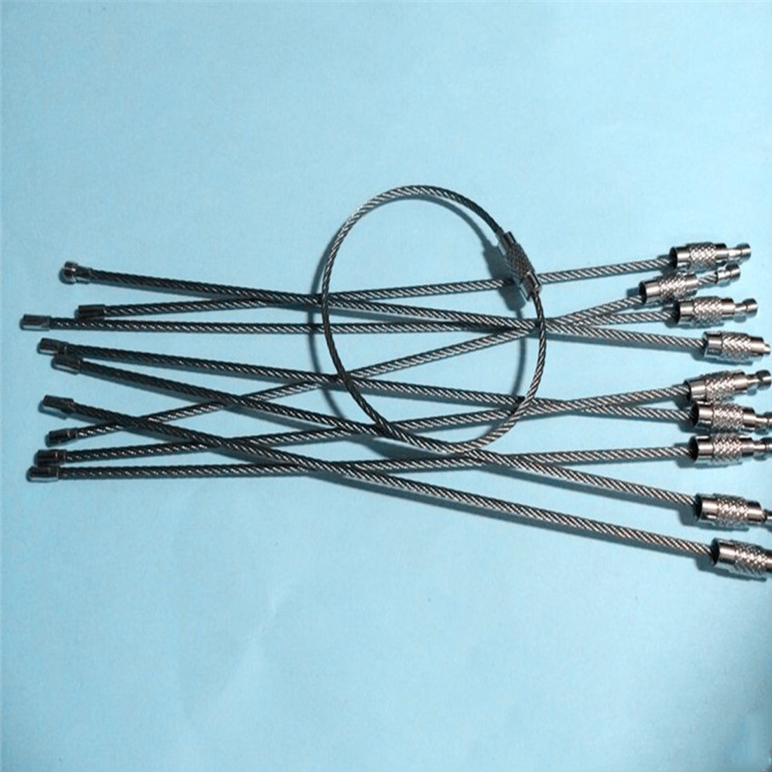 Hot Sale 5Pcs Stainless Steel Wire Keychain Ring Key Keyring Circle Rope Cable Loop Outdoor Camp Luggage Tag Screw Lock Gadget