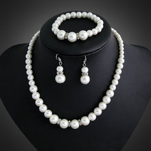 Fashion Imitation White Natural Freshwater pearl Jewelry Sets Rhinestone Necklace Earrings Bracelet Jewelry Sets for women