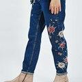 2016 de Las Mujeres Ripped Jeans Boyfriend Jeans Rectos Flojos Otoño Agujero Femenino de Verano de Cintura Alta Pantalones Colapso Pantalones Vaqueros de Lavado Con Agua Caliente