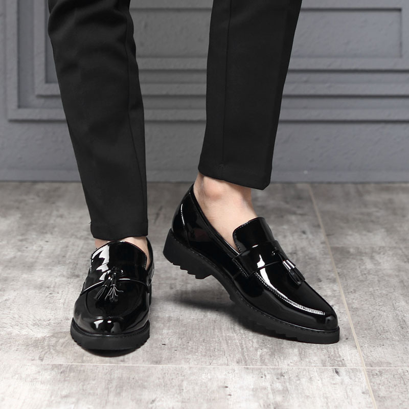 M-anxiu British Fashion Patent Leather Men's Shoes Personality Tassel One Foot Leisure Outdoor Classic Popular Lazy Party Shoes