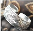 Изысканный Тибета Серебряные Резные Цветы Браслет-манжета T02