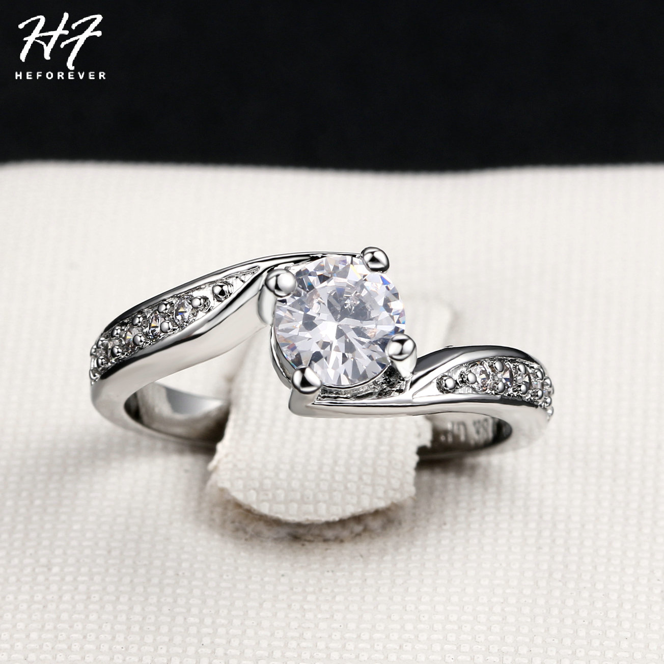 a2126c17cf0a Color plata Simple CZ anillo de cristal brillante