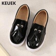 Новые детские Лоферы для мальчиков и девочек, модная кожаная обувь с кисточками, Детские модельные туфли на плоской подошве, дышащие тонкие туфли для студентов 041