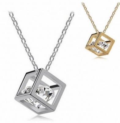 New fashion necklace 3 d rubiks cube clavicle