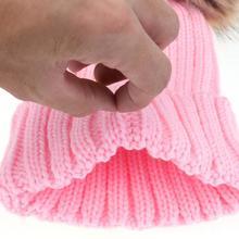 Modne czapki dla rodzica i dziecka