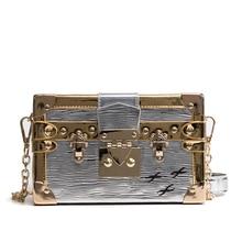 552b86d35a New Vintage Bonne Qualité Mode Style Boîte Forme PU En Cuir Rétro Rivet  Dames Sac À Main Épaule Or Sac de Messager des Femmes SA.