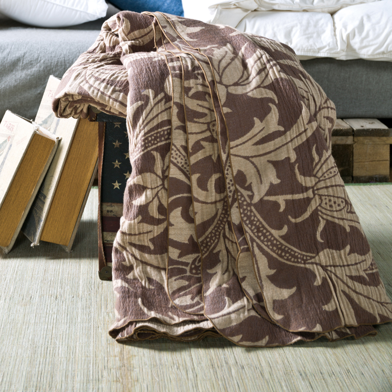 100% cotton Multilayer gauze brown classic blanket 180*200cm,highest quality, super soft  Naked sleep 2017 brown leopard thread blanket gray knitted air conditioning sofa blanket 100% cotton 200 230cm soft bed sheet home textile