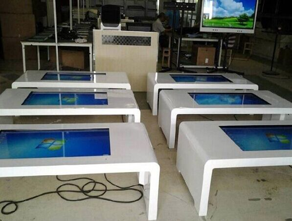 42 46 47 55 KTV Entertainment Interactive Gaming Touch Table Digital Signage Table Monitor Display
