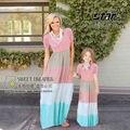 A juego de ropa de verano de la familia de madre e hija vestidos maxi raya look familia madre e hija ropa family clothing