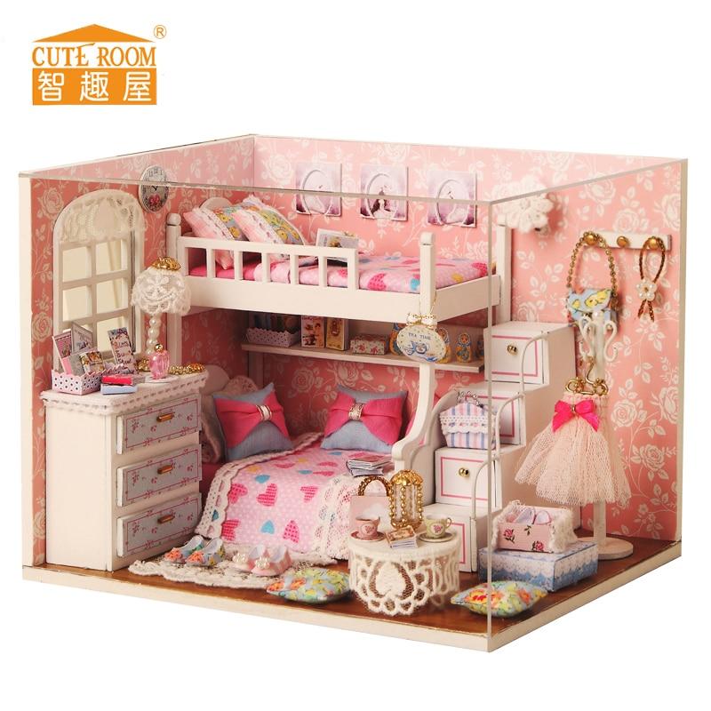 Söt rum Handgjorda dockor Möbler för husdjur Miniatura Diy Doll House Miniatyr Dollhouse Träleksaker Grownups puppenhaus JHTY032