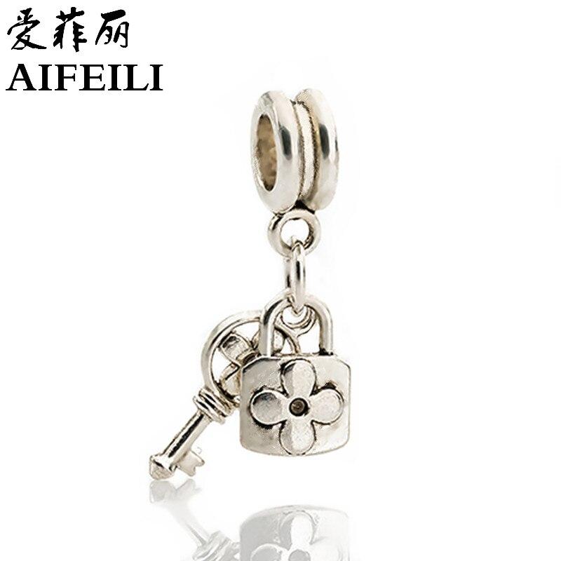 New free shipping 1Pcs lock key fit snake chain heart alloy Pendant Charm Silver Bead fit Pandora Bracelets & Bangles necklace