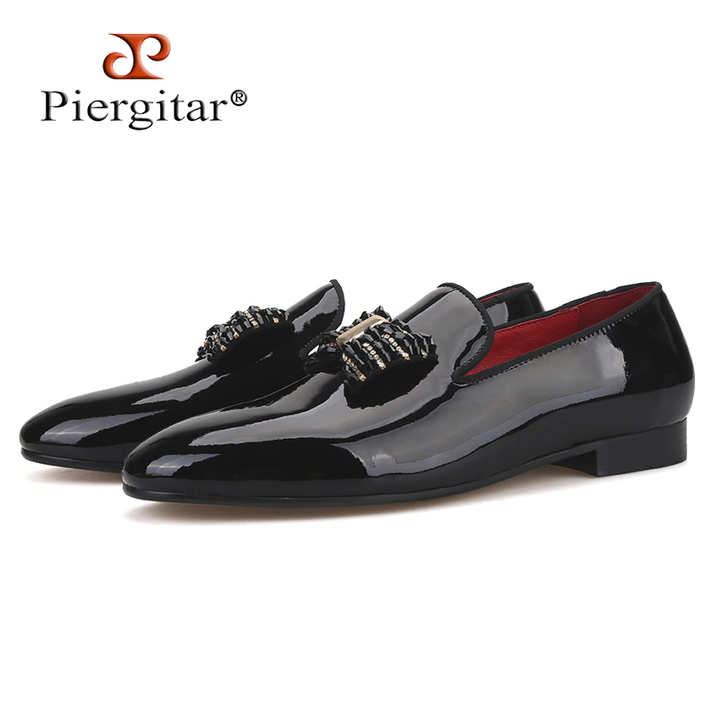 Piergitar 2019 new black patent leather men handmade loafers with black rhinestone bowtie Fashion party and