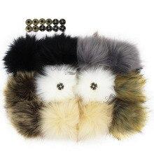 Furling 12 قطعة Fluffy بها بنفسك Fluffy فو الفراء 11 سنتيمتر بوم بوم الكرة مع زر الصحافة للطفل فتاة قبعة صوفية صغيرة للرجال اكسسوارات الديكور