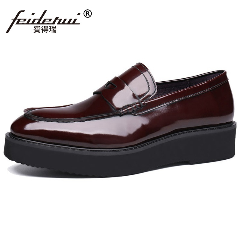 Fashion Height Increasing Man Casual Flat Platform Shoes Patent Leather Comfortable Loafers Round Toe Men s