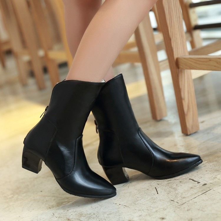 цены на 2017 Direct Selling Botas Mujer Boots Big Size 34-43 Shoes Short Boots Women Woman Mid-calf Zapatos Mujer Chaussure Femme 801 в интернет-магазинах