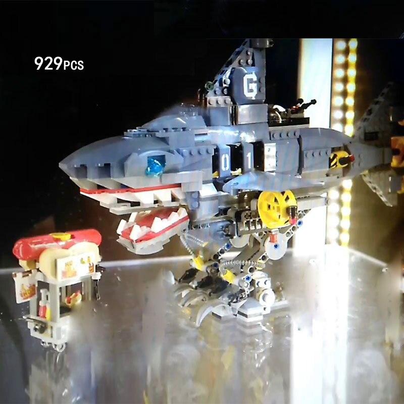 2018 Ninja Movie Garmadon Shark Mech Walking Robot Building Block Llolyd Fisher Figures Hotdog Bricks 70656 Toys for Kids Gifts цена