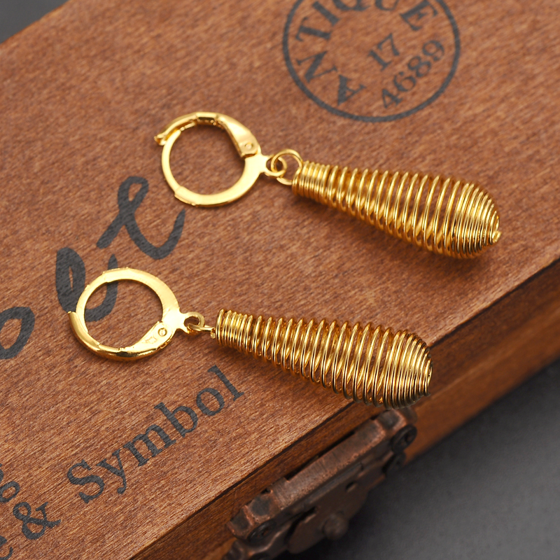 6f9cf4d02a70 Detalle Comentarios Preguntas sobre Bigwigs joyería 18 K amarillo ...