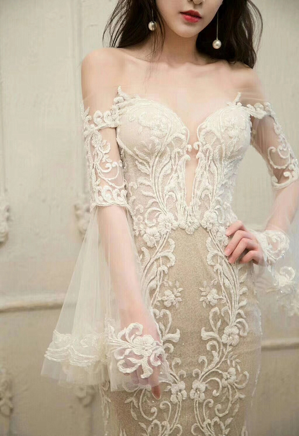 Image 2 - Free Shipping Imports White Sequins Embroidered Mesh Lace Fabric,  Lace Wedding Dress Fashion Wedding Decoration Fabric RS1110Fabric   -