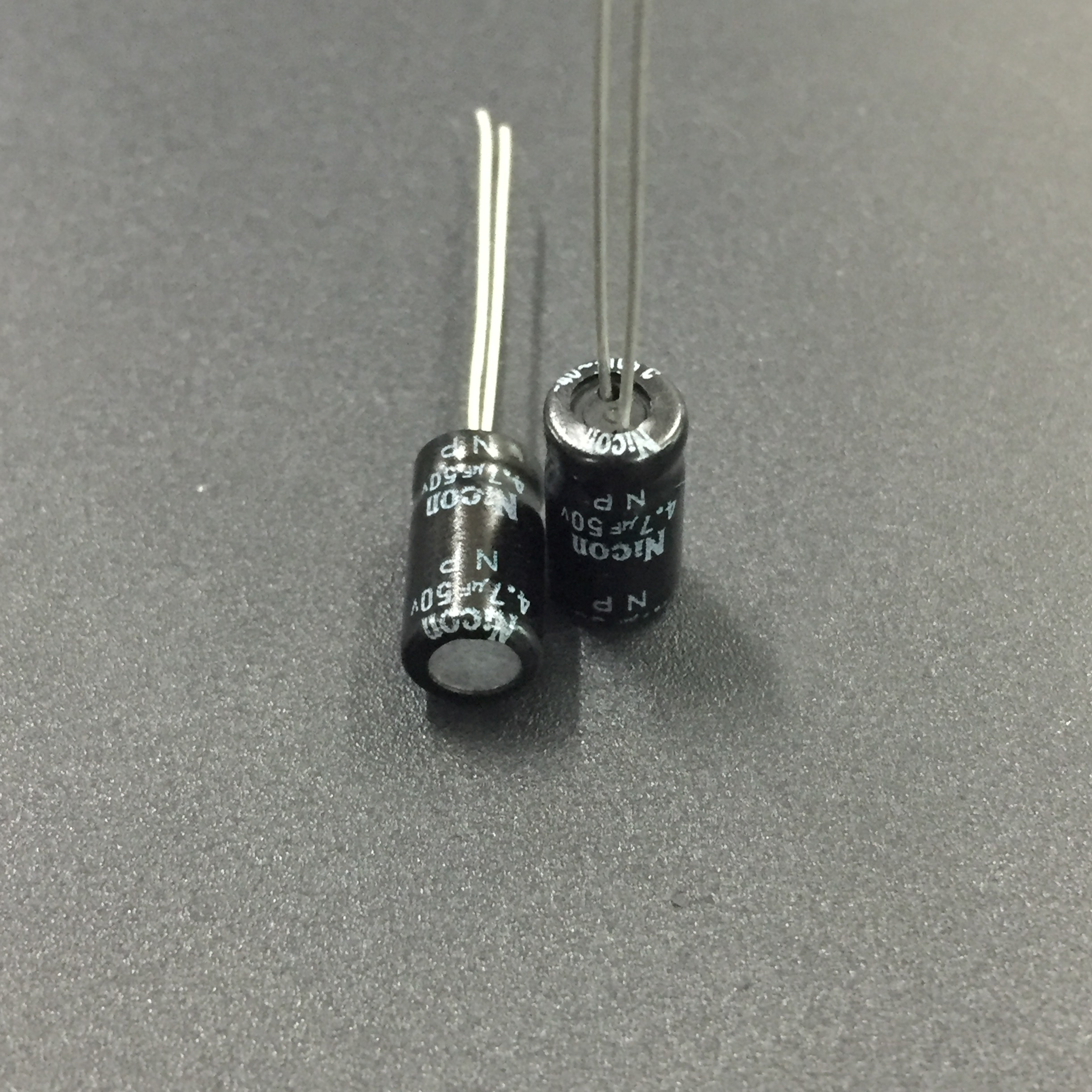 10pcs/100pcs 4.7uF 50V NICON NP 6.3x11mm 50V4.7uF Good Quality Aluminum Electrolytic Capacitor