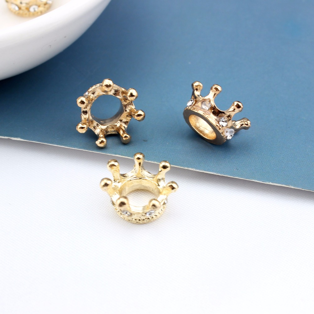 2pcs Queen King Crown Beads For Jewelry Making Gold Silver Color Alloy Pendant Small Crown Pendant Accessories Wholesale in Jewelry Findings Components from Jewelry Accessories