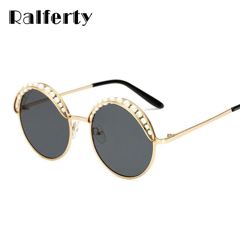 ba7019d50c4 Ralferty 2018 Rodada Óculos De Sol Mulheres Pérola Luxo Sunglases luneta  Eyewear luneta de soleil femme zonnebril A66248 UV400 Preto