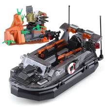 NEW XINGBAO Genuine WW2 Set Military Series The Assault Boat Building Blocks Bricks Toys As Model Gift For Adult With Logo MOC dhl lepin 05083 star classic wars moc series the nebulon b medical frigate set building blocks bricks funny toys model legoed