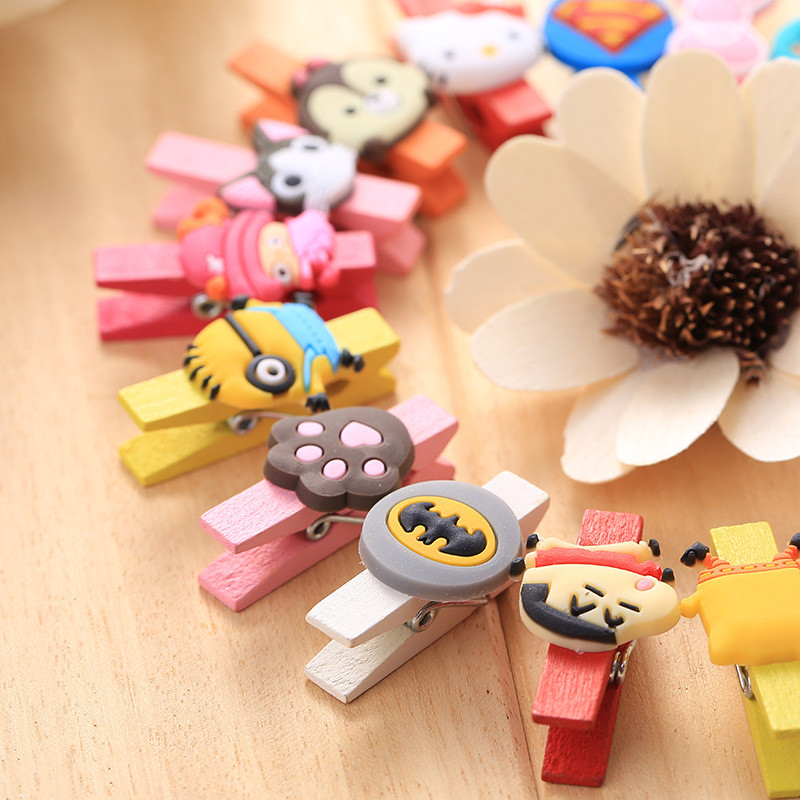 10 Unids / pack Dibujos Animados Mini Ropa De Madera Natural Foto Papel Peg Pin Pinza Mixta Color Clips Clips B