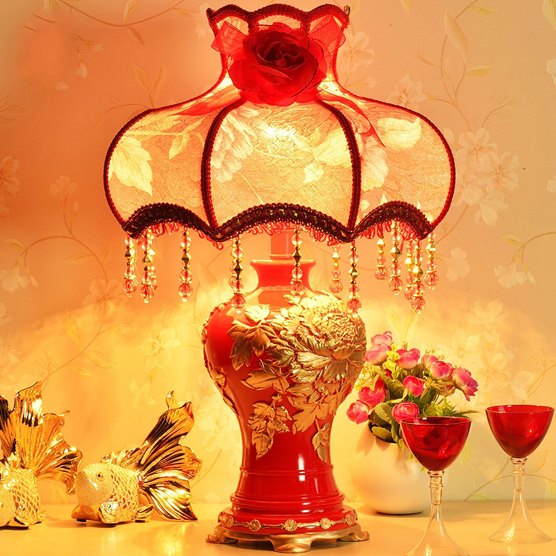Fashion wedding decoration dimmer bedroom bedside lamp Europe red married rezin table lamp e27 fashion bedroom bedside table lamp brief decoration glass table lamp e27