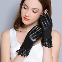 Genuine Leather Gloves Women Winter Plus Velvet Thicken Fashion Black Wrist Lace Driving Touchscreen Sheepskin Gloves F8008