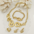 2017 new Dubai fashion small jewelry sets African bead jewelry set gold plated necklace Bracelet earrings ring